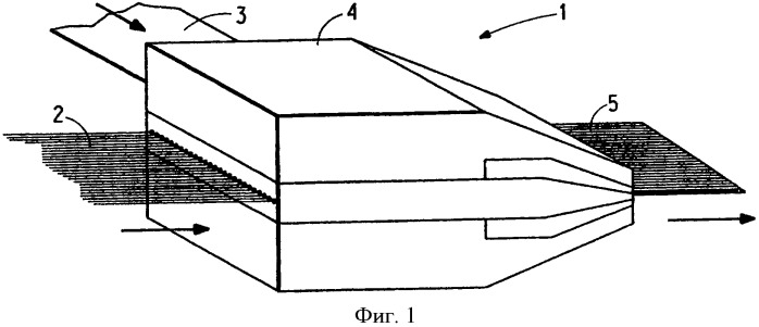 Устройство и способ изготовления ленты из суровой ткани для использования в качестве вспомогательного слоя шины