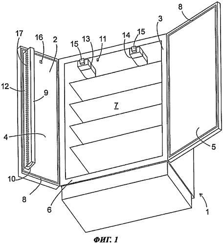 Холодильник с несколькими дверцами, содержащий подогреваемую накладку на двери
