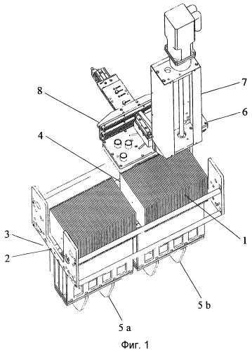 Способ формирования штабелей легируемых с одной стороны полупроводниковых пластин, в частности солнечных полупроводниковых пластин, и система манипулирования для загрузки технологической лодочки партиями полупроводниковых пластин