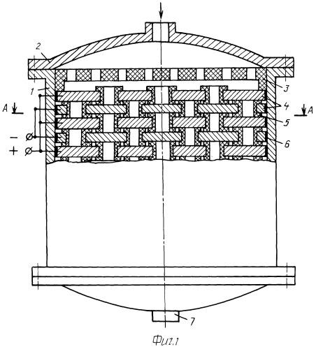 Электроочиститель диэлектрических жидкостей и газов с изоляцией отверстий в электродах