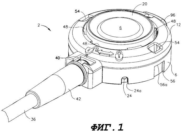 Имплантируемое медицинское устройство с крышкой и способ