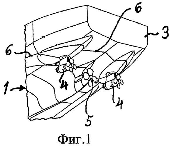 Способ улучшения ледокольных свойств водного судна и судно, сконструированное согласно этому способу