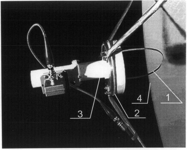 Корректор поляризации облучателя зеркальной антенны