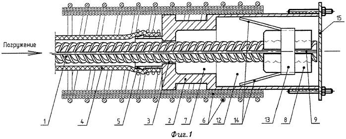 Устройство для закрепления в грунте строительной конструкции и способ закрепления и извлечения тяги устройства из грунта