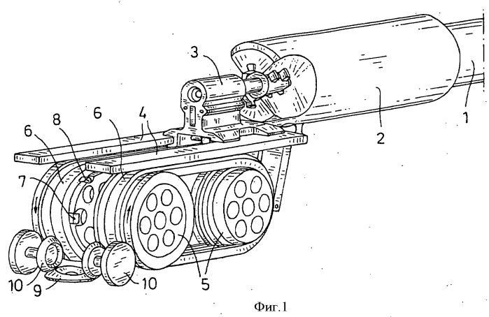 Привод и быстрый останов для орудия преимущественно с линейной подачей затвора или боеприпаса