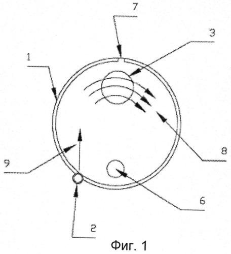 Способ механической чистки прозрачной поверхности оптического прибора и соответствующее устройство