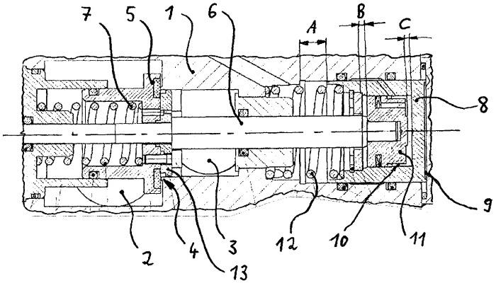 Предварительно отрегулированное клапанное устройство, выполненное с возможностью многоступенчатого переключения