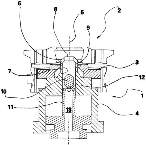 Устройство с плунжером для формования заготовки стеклодувного изделия в форме стеклодувной машины