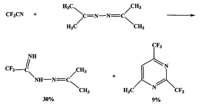 N-(1-метилэтилиден)гептадекафтороктилкарбоксамидразон в качестве стандартного образца состава для количественного определения фтора в органических соединениях спектрофотометрическим методом, способ его получения и промежуточное соединение