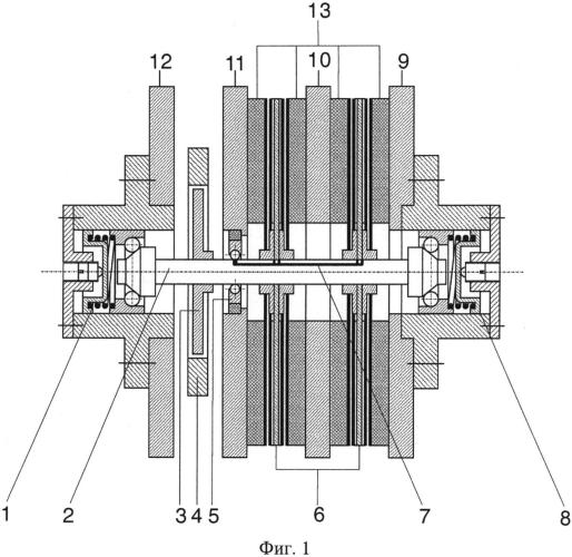 Резонансный пьезоэлектрический генератор тока на основе эффекта казимира
