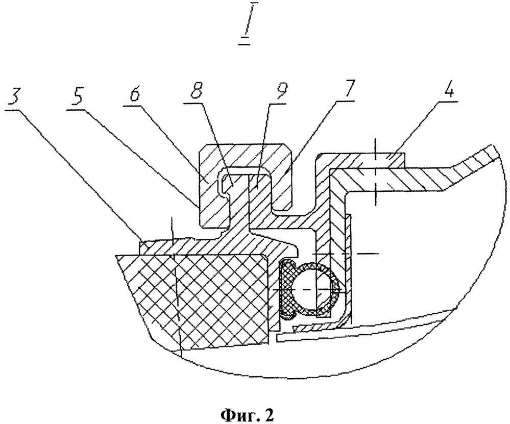 Устройство для присоединения реверсивного устройства к переднему корпусу двигателя