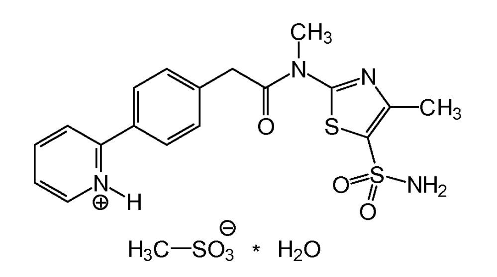 Моногидрат мезилата n-[5-(аминосульфонил)-4-метил-1,3-тиазол-2-ил]-n-метил-2-[4-(2-пиридинил)фенил]ацетамида, обладающий определенным диапазоном распределения частиц по размерам и удельной площади поверхности, для использования в фармацевтических препаратах