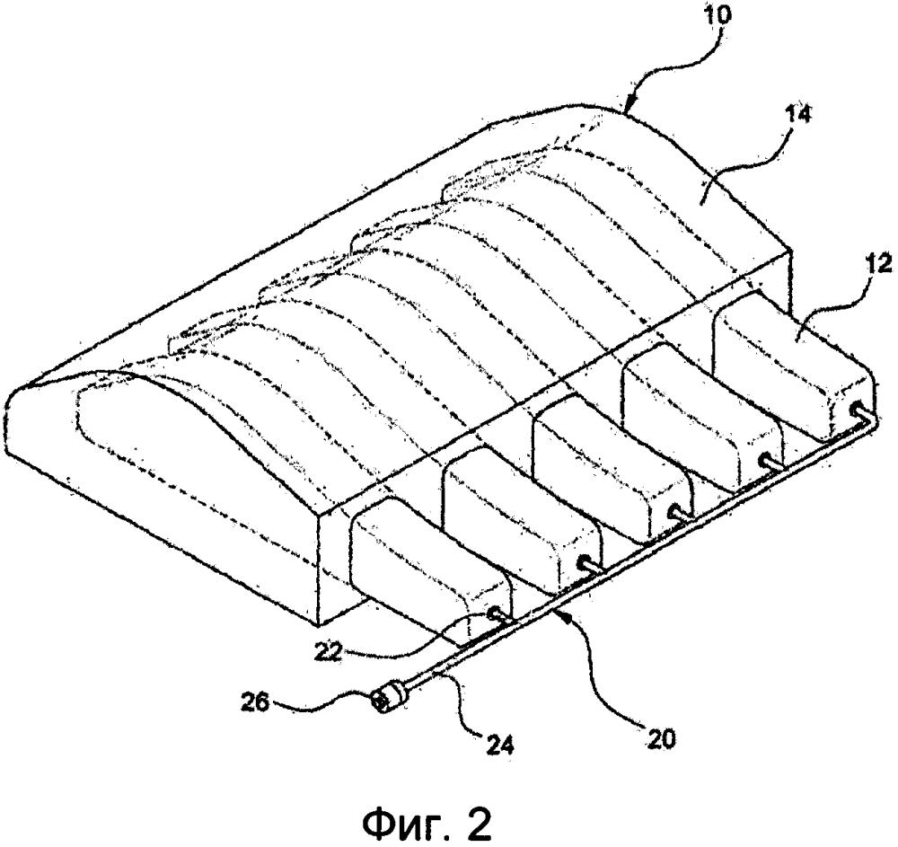 Амортизирующая подкладка, имеющая встроенные автоматически заполняемые воздушные трубки, и способ ее изготовления