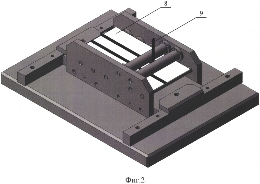 Приспособление для проведения испытаний по определению прочности при отслаивании гибких материалов от основы