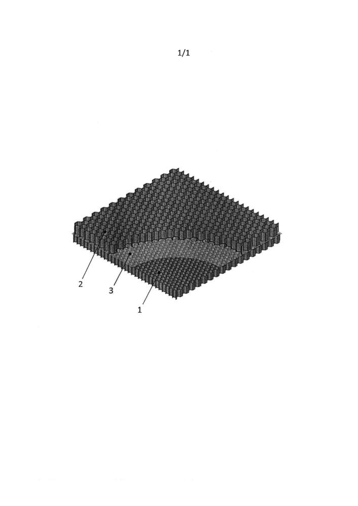 Компоновка сотовой основы для многослойной детали, используемой в качестве кузовной детали в автомобилестроении