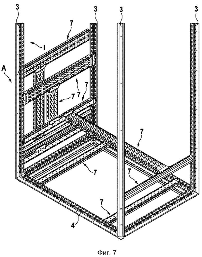 Коммутационный шкаф с рамным каркасом и компонентом внутренней комплектации и соответствующая компоновка коммутационного шкафа, а также соответствующий компонент внутренней комплектации