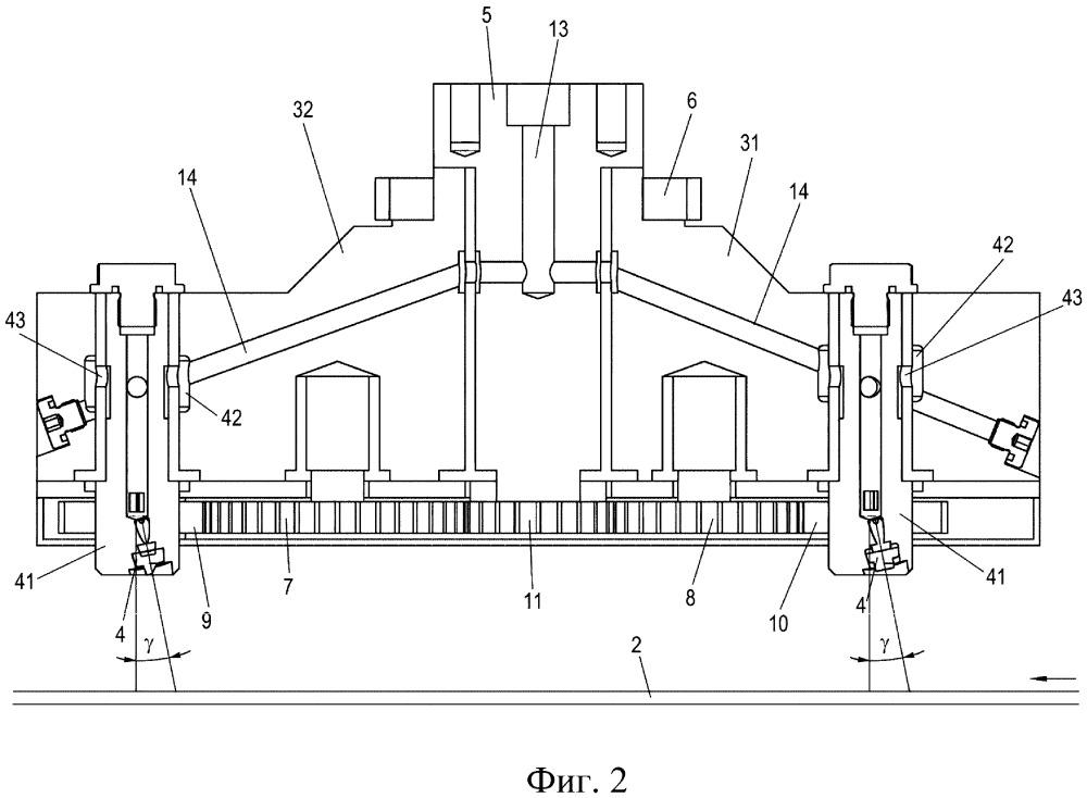 Устройство и способ для очистки изделия с подлежащим удалению поверхностным слоем